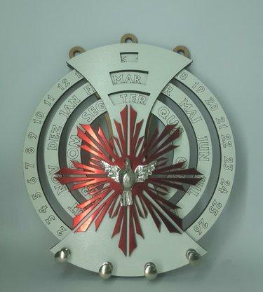 Calendário Permanente com Porta Chaves - Divino Espírito Santo -