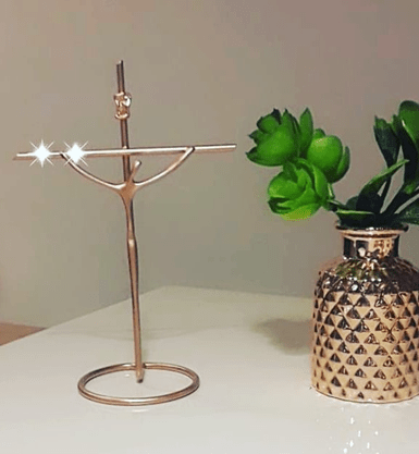 Crucifixo Metal na Base Estilizado 19 x 13 cm - Barra Redonda -