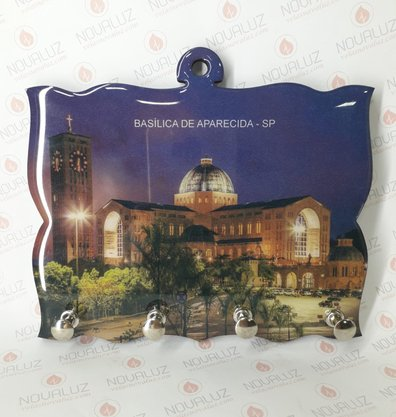 Porta Chaves 4 Pinos Resinado - Imagem Basílica Noite -