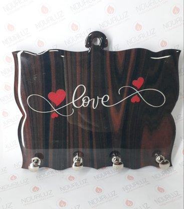 Porta Chaves 4 Pinos Resinado - Love -