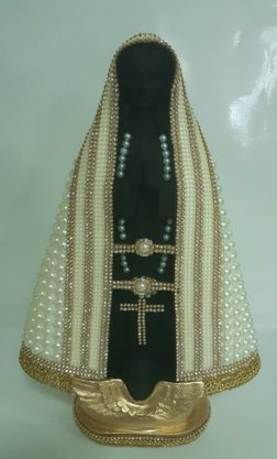 Santa com Pérolas 36 cm Sem Coroa  - Imagem Branco -